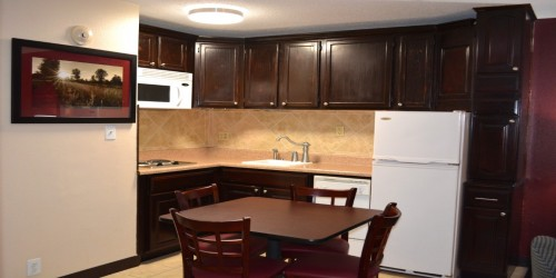 Kitchenette with dining
