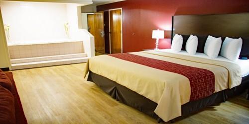 Jacksonville Hotel - King Guestroom