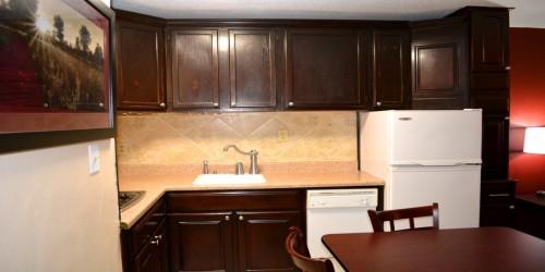 Jacksonville Hotel - kitchenette